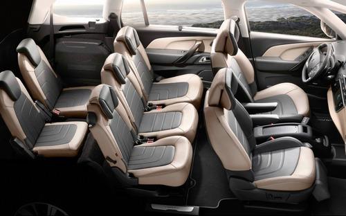 The inside of the Citroen Grand C4.
