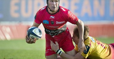 Matt Giteau in Toulon colours. He last played for the Wallabuies in 2011 but habours hope of wearing the green and gold of Australia again.