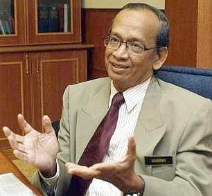 Auditor General Tan Sri Ambrin Buang