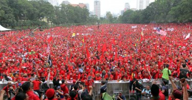 Red-Shirt-Rally-4