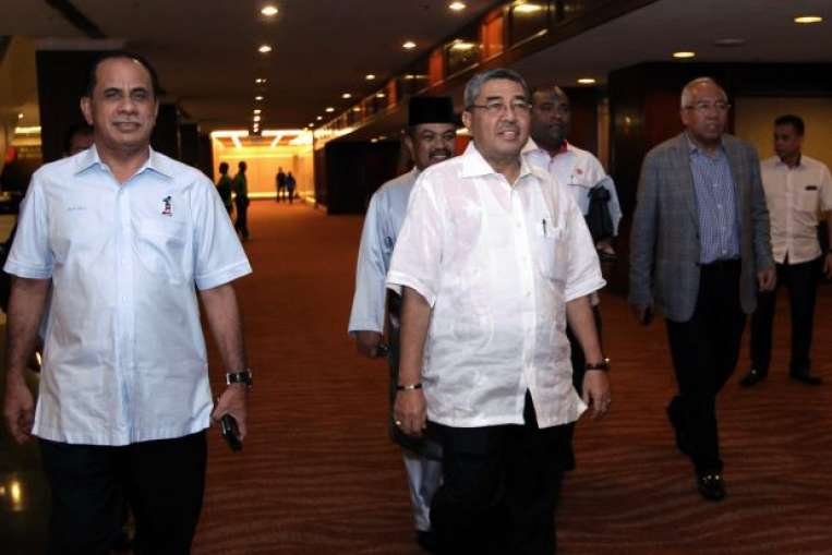 Kedah Umno leaders arriving for a meeting with Najib last week.