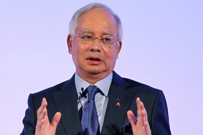Najib wants Malaysians to rely on reports on the country from agencies like the World Bank and International Monetary Fund.
