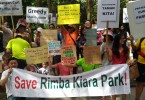 Taman Tun Dr Ismail's residents protesting against the re-development of the open spaces in front of the Rimba Kiara park