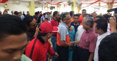 Mahathir's presence in the two constituencies didn't translate into enough votes for the opposition to trouble the Barisan Nasional.