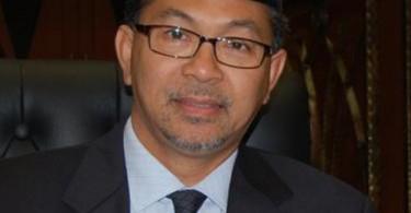 Datuk Seri Azlan Man