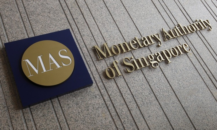 1476258424_mas-singapore-1mdb-scandal-fraud-probe-singapore-dbs-bank-scb-falcon-bank-ubs-frauds-singapore