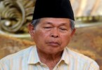 Datuk Mohd. Jan has refused to vacate his official residence. -- Bernama photo