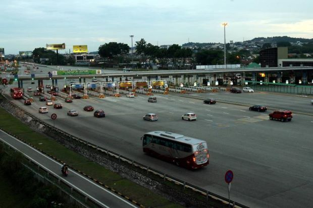 All toll plazas under PLUS will be fully electronic from April 26.