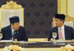 Sultan Sharafuddin Idris Shah and Datuk Seri Mohamed Azmin Ali'
