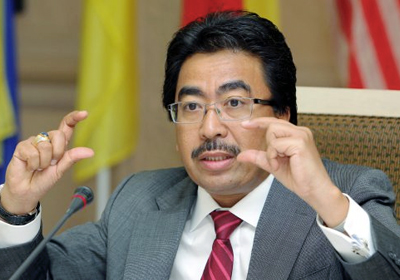 """Johari: """"An increase of US$1 in crude oil price means almost RM300 million in revenue for Malaysia."""""""