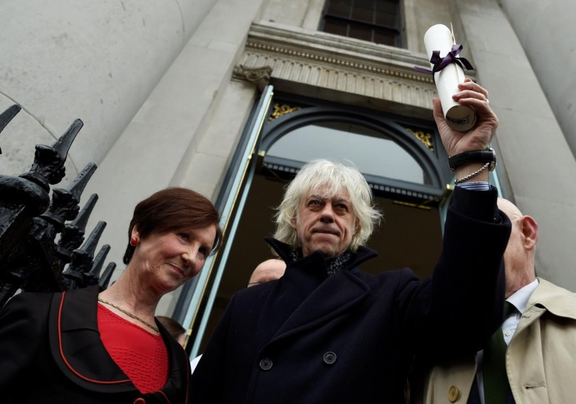 Bob Geldof hands back his Freedom of the City of Dublin in protest against Nobel peace laureate Aung San Suu Kyi holding the same award.