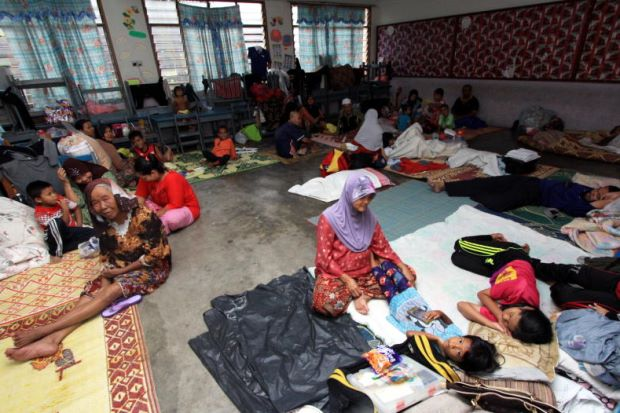 Over 8,000 people are still at flood evacuation centers in Kelantan.
