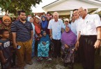 Prime Minister Datuk Seri Najib Razak with settlers of Felda Lurah Bilut today. Felda chairman Tan Sri Shahrir Abdul Samad is on the right.
