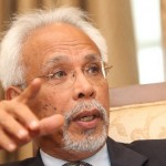 Shahrir was one who went against the tide to win as an independent in 1988 and then triumphed again in 2013 despite the so-called Chinese tsunami.