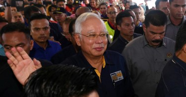 PM Datuk Seri Najib Razak at the launching of Malaysian Unit Trust Week at the Batu Pahat Stadium today.