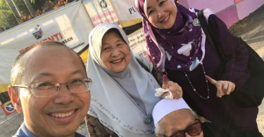 Tan Sri Abdul Wahid Omar and family after voting today.