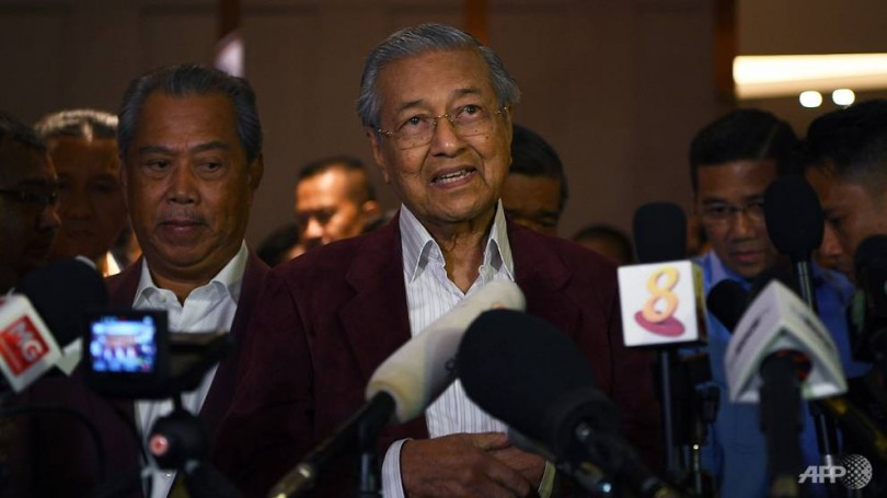 Mahathir (centre), the man who would become Malaysia's prime minister a second time.