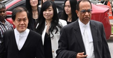 Businesswoman Phang Li Koon (middle) arriving at the court today.