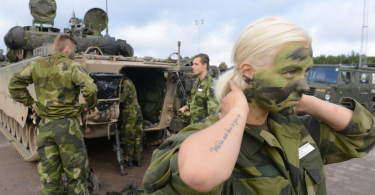 Members of the Swedish armed forces during the Aurora 17 international cooperative national defense exercise, in which US soldiers took part, September 13, 2017.