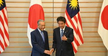 Tun Dr Mahathir Mohamad and Shinzo Abe