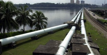 Pipes supplying water for Singapore at the Causeway.