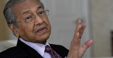 "Mahathir: ""Difficult to assess performance of ministers."""