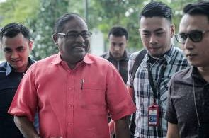 Datuk Seri Abdul Azeez Abdul Rahim at the court today