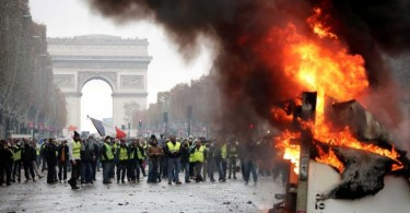 There has been much mayhem in central Paris from the yellow vest protests since several weeks ago.