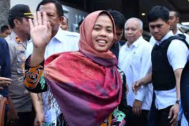 Siti Aisyah is all smile after being back in Jakarta, leaving co-accused Doan felling depressed for the seemingly unfair treatment given her.