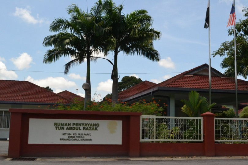 This welfare home received a cheque of RM400,000 from Najib.
