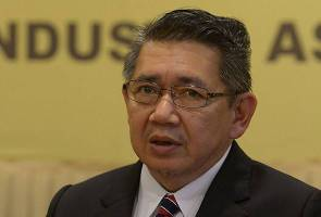 Salahuddin confirmed that the man the MACC arrested was his political secretary.