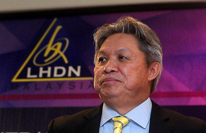 Datuk Seri Sabin Samitah.