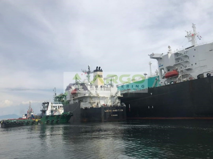 The first STS operations, also in Brunei Bay, last June. Argo Engineering was also involved in the recent transfers.