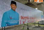 Azmin-billboard