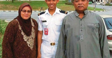 Happy days then for Zulfarhan with his parents.