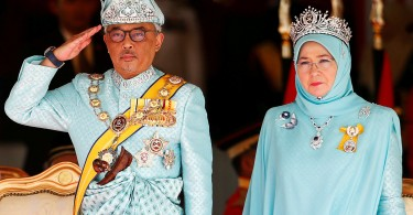 Malaysia's new King Sultan Abdullah Sultan Ahmad Shah and Queen Tunku Azizah Aminah Maimunah attend a welcoming ceremony at the Parliament House in Kuala Lumpur, Malaysia January 31, 2019.