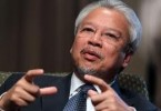 Husni tore into Najib in his testimony and even said at one point he was treated like an office boy.
