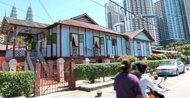 A traditional Malay house in Kampung Baru.